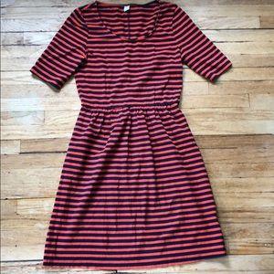 😍Cute & Comfortable Gap Dress!